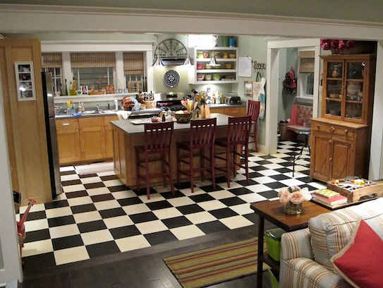 Parenthood-set-Adams-kitchen
